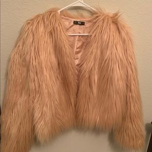 Jackets & Blazers - Faux fur peach coat
